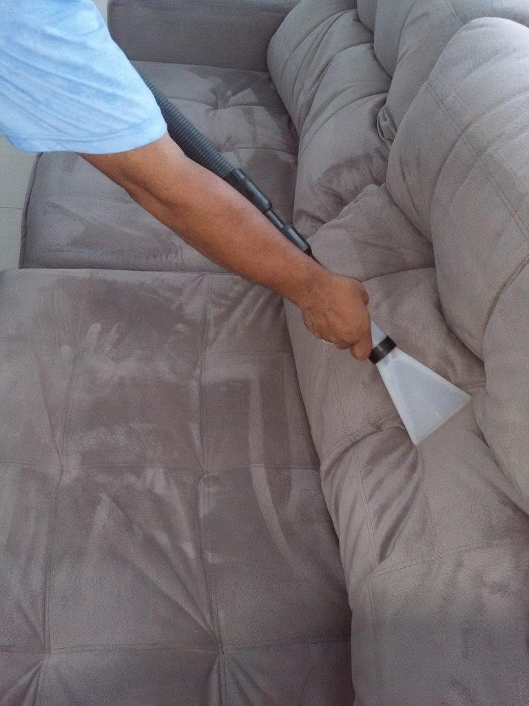 Pulizia divani e materassi